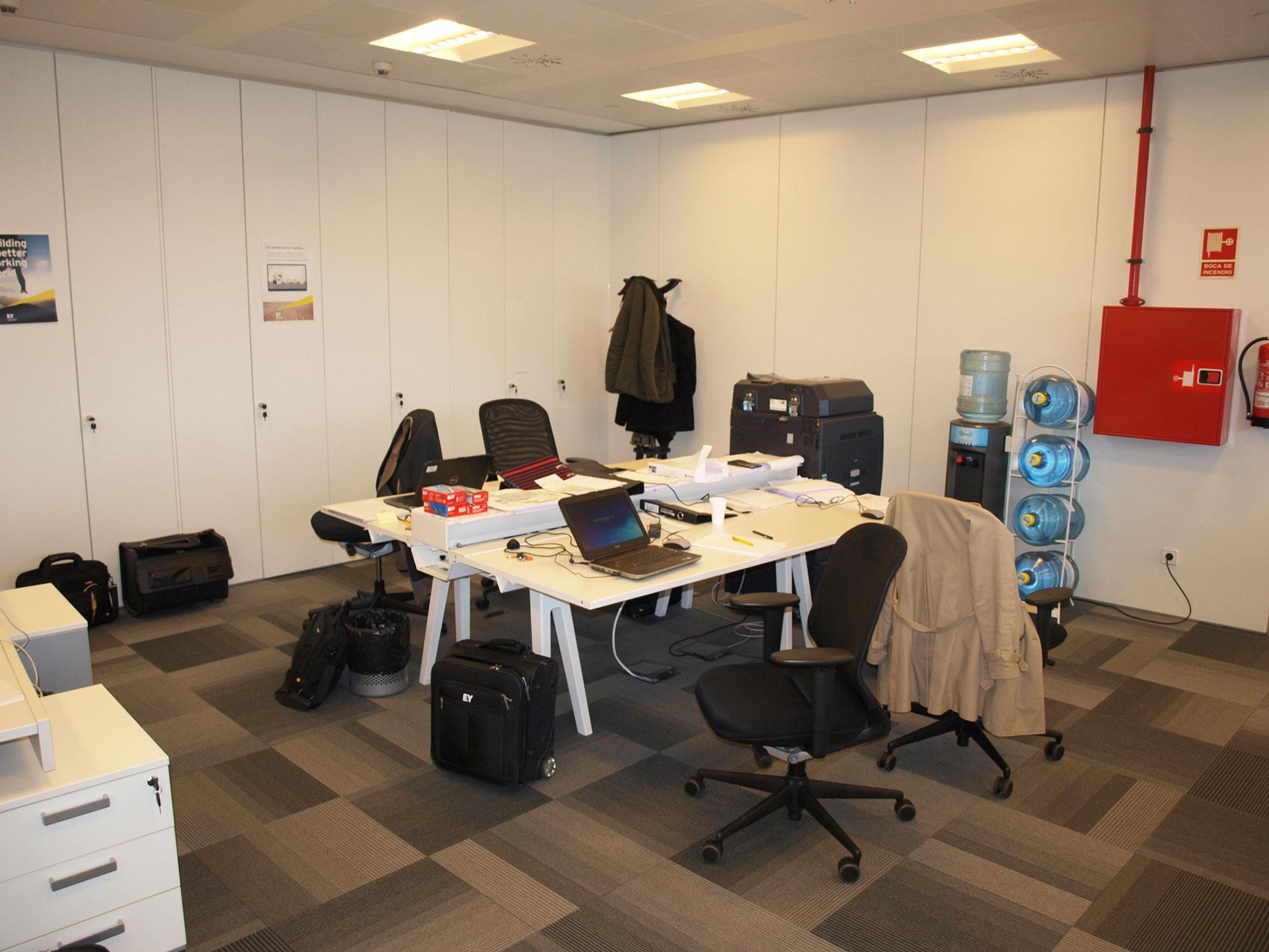 Ey torre iberdrola bilbao oficinas construccin for Mobiliario de oficina bilbao