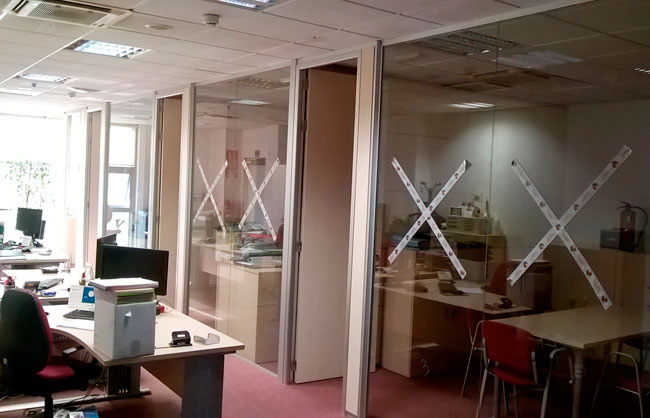 Oficinas construcci n de oficinas centros de trabajo - Oficinas telecable oviedo ...